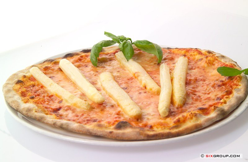 pizza mit spargel amp parmesan rezepte suchen. Black Bedroom Furniture Sets. Home Design Ideas