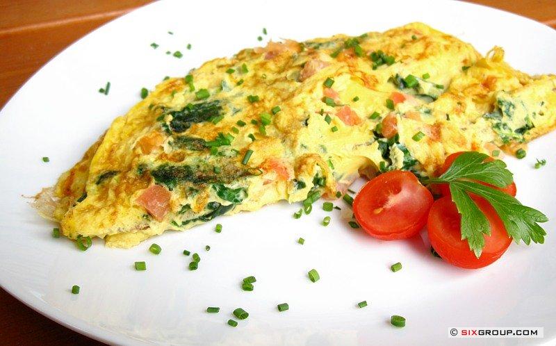 hauptspeisen omelett mit spinat und tomaten koch und backrezepte forum. Black Bedroom Furniture Sets. Home Design Ideas
