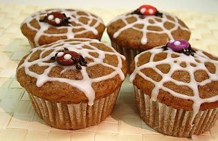 s ss halloween spider muffins. Black Bedroom Furniture Sets. Home Design Ideas